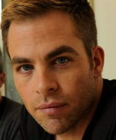 Chris Pine blue eyes