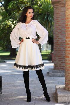 Fusta romaneasca stofa - alb cu dantela neagra - Eternitate Folk Costume, Costumes, Romanian People, Hyde, Hand Embroidery, Ethnic, Cool Outfits, Culture, Traditional