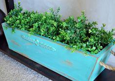 DIY:: Planter Box