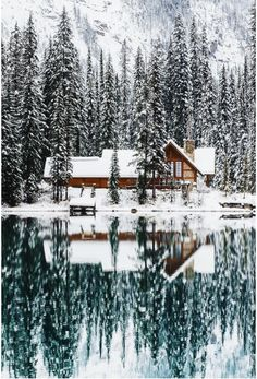 Upknorth: Canada In The Winter. A valid example. Lakeside Cabin In Emerald Lake, Bc. Shot By Stevint At Emerald Lake, Yoho National Park Winter Szenen, Winter Cabin, Cozy Cabin, Snow Cabin, Winter Travel, Winter House, Winter Holidays, Forest Cabin, Forest Mountain