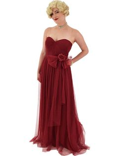 Floaty burgundy mesh tulle gown with flattering pleated sweetheart bodice is a classic look for a wedding, military ball, dressy holiday party, or any special occasion where you'd like to present a romantic feminine look. Glamour Ladies, Old Hollywood Glamour, Vintage Inspired Outfits, Vintage Outfits, Grecian Gown, Tulle Gown, Paisley Dress, Burgundy Dress, Embroidery Dress