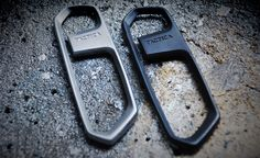Remember the Tactica One? If itshigh tech polymer didn't quite tickle your fancy you'll be glad to know that they're back with theTactica One Pro bottle opener. Though every curve and line is identical to the original, the Pro is instead made of stainless steel andfinished with sandblasting in either raw or matte black. It's four times heftier than the original's 20 grams and pops...