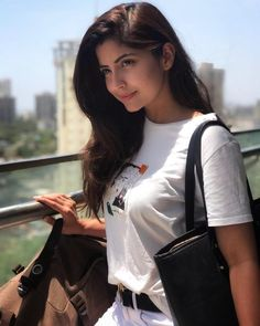 Image may contain: 1 person Beautiful Girl Photo, Beautiful Girl Indian, Most Beautiful Indian Actress, Beautiful Actresses, Beautiful Women, Simply Beautiful, Stylish Girls Photos, Stylish Girl Pic, Cute Beauty