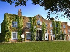 Surrey  1 to 3 Nights For Two With Breakfast and Dinner at the Talbot Hotel  Ripley 3a1e350578b5