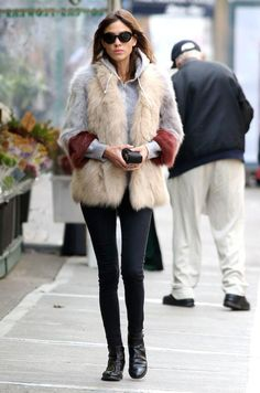 Alexa Chung Outfit