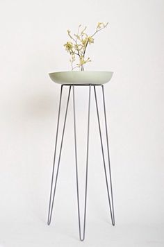 Grey Metal Wire Plant Stand Mid-Century Inspired op Etsy, 52,40 €
