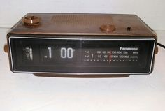 Panasonic RC-6030 Flip Clock Alarm Radio AM FM Works Great Vintage Retro