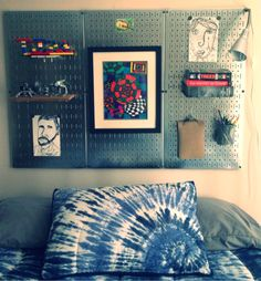 Pinned from Pin It for iPhone DIY Metal magnetic pegboard headboard alternative. Endless possibilities for decor and storage: kid art display, Lego display, book shelf, pen holder, journal/sketch pad hanger, book light...whatever his imagination decides!