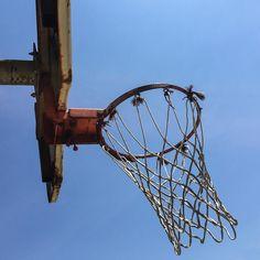 sky's the limit but only if you're satisfied with that #hoops #mynorth #basketball #streetball #playground #blacktop #ballislife #doinitinthepark #parkauthority #ballin #SLAMhoops #hoopsoftheworld #courtsoftheworld #urbanbasketball #basketballdiaries #shootinghoops #justgohoop #unlimitedballer #basketballneverstops #heavenisaplayground #northsidepride #weston #toronto #tdot #ontario #canada #the6ix