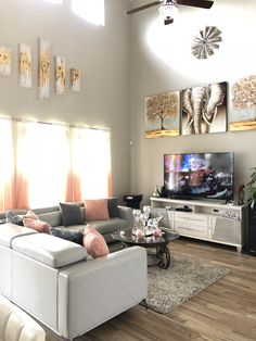 Cute Living Room, Decor Home Living Room, Teen Room Decor, Home Decor Furniture, Living Room Designs, Girl Apartment Decor, First Apartment Decorating, Apartment Interior, Luxurious Bedrooms