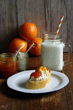 de · Eine Portion Liebe im Glas Panna Cotta, Berries, Dairy, Cheese, Ethnic Recipes, Food, Canning, Marmalade Recipe, Elder Flower