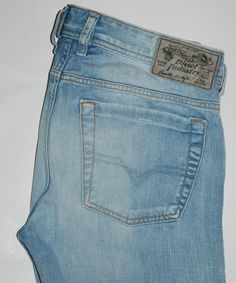 Vintage Faded Relaxed Fit Red Tab 550 Levis - Size 34/32 NZaMISOs