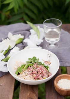Bowl of Asian beef tartare and rice krispies - * yummm # beef # recipe . - Recette Boeuf Bowl of Asian beef tartare and rice krispies - * yummm # beef # recipe . Beef Tartare, Salmon Tartare, Rice Krispies, Clean Recipes, Pork Recipes, Pork And Beef Recipe, Pulled Beef, Clean Eating, Asian Beef