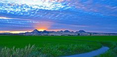 sutter buttes | Sutter Buttes Sunset Ray Burst In The Rice Fields Photograph - Sutter ...