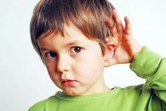 Dit is een voorbeeld van type 7.(doof of slechthorende) . Zoals je ziet kan het jongetje niet zo goed horen.