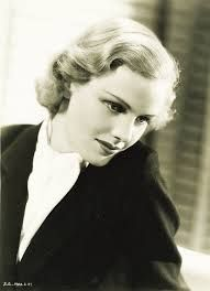 Frances Farmer: Talented But Tragic Beauty Who Has Inspired Music and Cinema Frances Farmer, Film France, Black And White Stars, Cinema, Hollywood Star, Classic Hollywood, Vintage Hollywood, Hollywood Celebrities, Hollywood Actresses