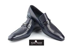 Wing Collar, Bucharest, Wedding Suits, Oxford Shoes, Dress Shoes, Loafers, Costumes, How To Wear, Stuff To Buy