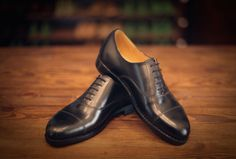 Valentin Frunza oxford black plain