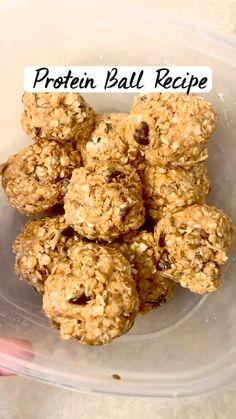Healthy Energy Balls Recipe, Healthy Energy Bites, Healthy Protein Balls, Healthy Baked Snacks, Oatmeal Energy Bites, Vegan Energy Balls, Peanut Butter Energy Bites, No Bake Energy Bites, Protein Bites