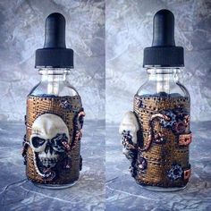 Decorative bottle for vape liquid juice #wilddragocraftshop #bywilddrago  #polymerclay #polymerclaybottles #bottles #vape #vapebottles #vapeactive #vapeaholiks #vapelife #viperchallenge #vapefriends #s