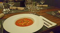 Gazpacho s paradajkovou salsou a krutónmi z domáceho chleba
