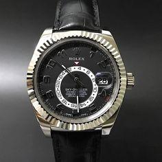 Rolex Sky-Dweller 326139 White Gold. #watchporn #watchmania #wristwatch #watchoftheday #timepiece #secondhand #instawatch #secondoriginalwatch #jamtanganseken #preownedwatch #luxurywatch. www.mulialegacy.com