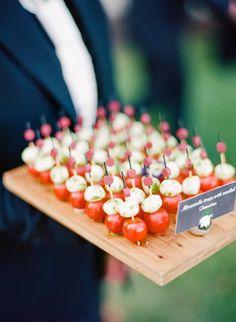 Wedding Finger Foods, Wedding Snacks, Wedding Appetizers, Wedding Dinner, Wedding Catering, Bridal Shower Appetizers, Garden Wedding, Wedding Ideas, Wedding Cocktail Hour