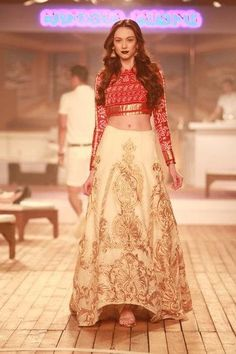 Six Stylish Diwali Outfit Ideas for Smart Festive Look