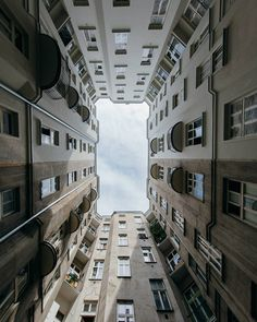 Stunning Colorful and Minimalist Urban Photography by Jorge Alva #art #photography #Urban Photography