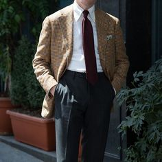 The classic elegance of #ringjacket Trunk show starts today. Come stop in and meet the team. #thearmoury