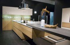 Cuisine - Plan de travail en îlot de cuisine moderne, foncé, en céramique - 3