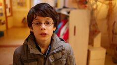 Isaac is 10 jaar en heeft #autisme, namelijk Asperger. Hij zit op een gewone basisschool en vertelt hoe dat gaat. http://
