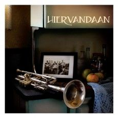 The Hiervandaan album is the brainchild of current artist in residence at Solms-Delta, renowned South African musician Leslie Javan. He has more than 20 years of experience in music development, community work and activism, and has performed upon invitation at music festivals worldwide.