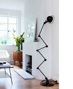 Black Jieldé floor lamp