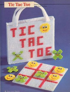 Tic tac toe game with tote bag holder plastic canvas pattern instructions ! Plastic Canvas Stitches, Plastic Canvas Coasters, Plastic Canvas Ornaments, Plastic Canvas Christmas, Plastic Canvas Crafts, Free Plastic Canvas Patterns, Diy Bags Holder, Tic Tac Toe Game, Tic Toe