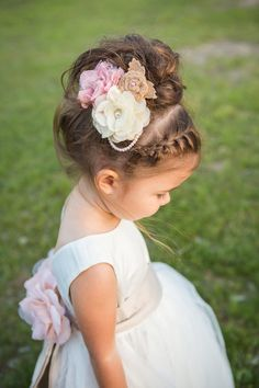 Add a sweet accent to your flower girl's hairstyle, like a floral and pearl barrette! {Jaclyn Schmitz Photography}