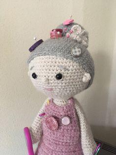 """Freue mich, euch diesen Artikel aus meinem Shop bei #etsy vorzustellen: Anleitung Häkeln Organizer Puppe """"Oma Maria"""", Ordnungshelfer für Handarbeitsmaterial und Nähzubehör Nadelkissen Omapuppe Häkeloma Purple Door, Organizer, Hello Kitty, Dolls, Crochet, Character, Etsy Shop, Pin Cushions, Step By Step Instructions"""