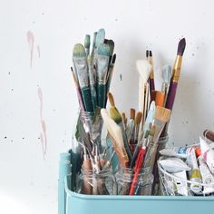 Need some inspiration? Share your favourite art accounts below I'm gonna kick it off sharing some of my faves: @hannahadamaszek @jeniefawcknerart @luliewallace @teilart @meredithcbullock @ania_paintings they're tons more but can't share them all!