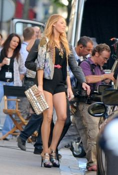 Serena Van Der Woodsen style... Episode by episode description of every outfit she wore in Gossip Girl!