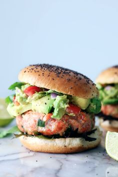 Simple Salmon Burgers with Guacamole