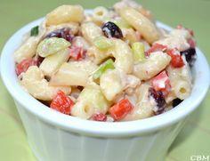Dans la cuisine de Blanc-manger: Salade de macaroni au poulet, pommes et canneberge...
