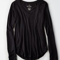 AE Soft & Sexy Long-Sleeve Favorite T-Shirt ($19) ❤ liked on Polyvore featuring tops, t-shirts, curved hem long sleeve tee, long sleeve tees, long sleeve v neck t shirts, jersey tee and jersey t shirt