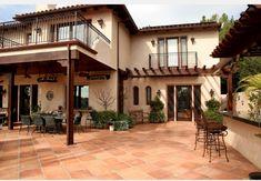 Outdoor area - saltillo tiles