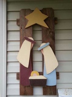 NATION - Nativity Nativity made from a picket fence. So cute but would have to make my own pattern.Nativity made from a picket fence. So cute but would have to make my own pattern. Christmas Wood Crafts, Nativity Crafts, Christmas Nativity, Christmas Signs, Outdoor Christmas, Rustic Christmas, Christmas Projects, Christmas Art, Holiday Crafts