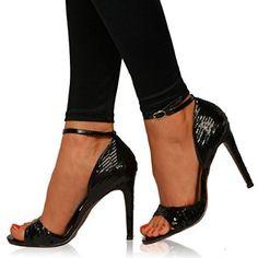 Unique Heels, Me Too Shoes, Pretty, Fashion, Moda, Fashion Styles, Fashion Illustrations