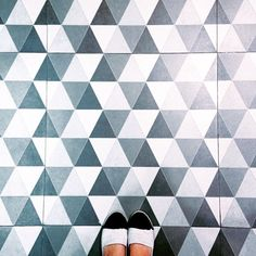 That Refined Woman Tile Patterns, Textures Patterns, Color Patterns, Image Deco, Timber Flooring, Texture Design, Kitchen Tiles, Tile Design, Decoration