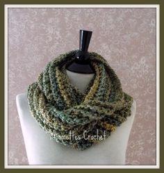 Crochet Meadow Heather Green Cowl Infinity Scarf Handmade