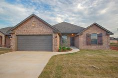 8413 NW 142nd - Front view  #realestate #home #forsale #deercreek