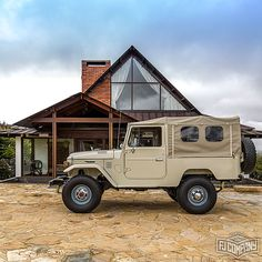 1977 Toyota Land Cruiser FJ43 Beige For Auction Sale #fj40 #fj43 #fjcompany