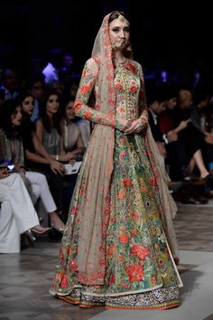 Pakistani fashion designer Nomi Ansari showcased his Bridal Collection Qabool Hai at PFDC LOreal Paris Bridal Week 2017 in Lahore.